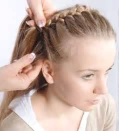 frisuren lange haare flechten anleitung frisuren mittellanges haar flechten