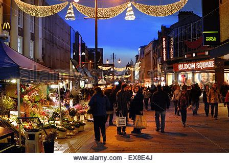 christmas lights northumberland street newcastle upon tyne