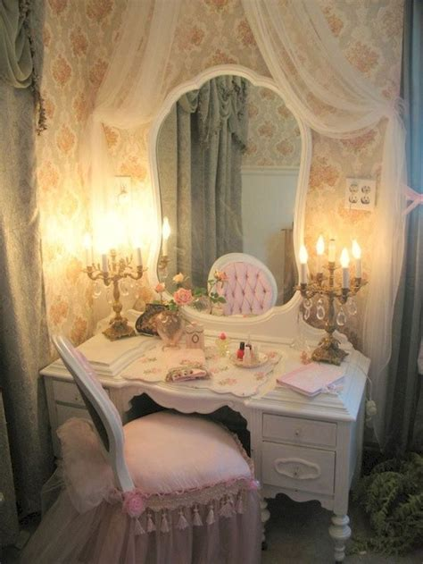 Shabby Chic Bedroom Ls by Best 25 Shabby Chic Vanity Ideas On Antique