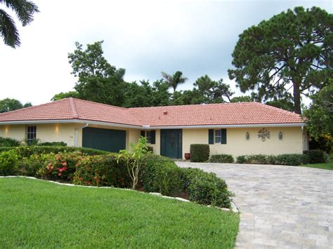 homes for sale in park shore naples fl