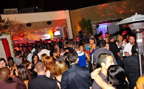 top bars in downtown san diego press the flesh the top 5 hook up bars in san diego