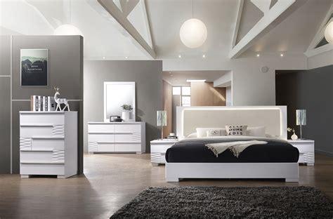 bedroom modern style decor ideas  room  small bedroom decor ideas decor ideas