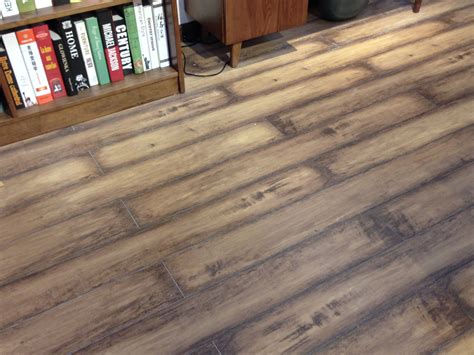How To Bleed A Floor by Bleed Laminate Flooring Laplounge
