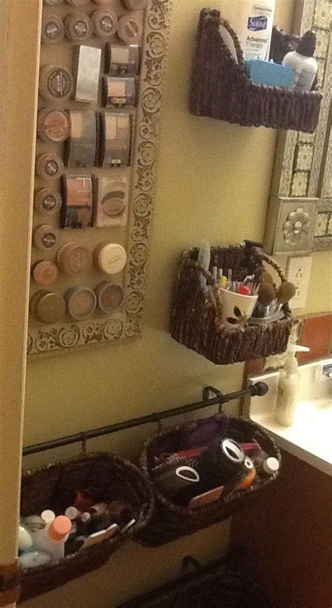 bathroom makeup storage ideas 25 best ideas about magnetic makeup board on