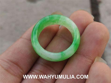 Model Gelang Batu Giok cincin batu giok jade asli kode 616 wahyu mulia