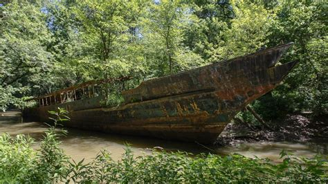 boat crash ohio river explore ohio s legendary 110 year old ghost ship huffpost