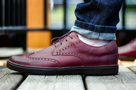 sneakers that look like dress shoes they look like stylish dress shoes but they re actually