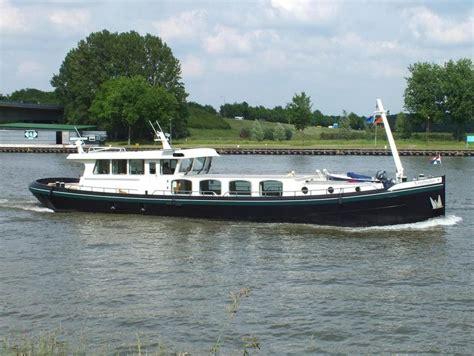 luxe motorjacht te koop luxe motor 25 meter boot te koop motorjacht staal 2004