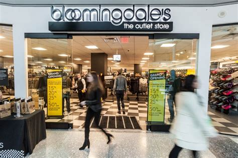 the bloomingdale s outlet at liberty place is now open