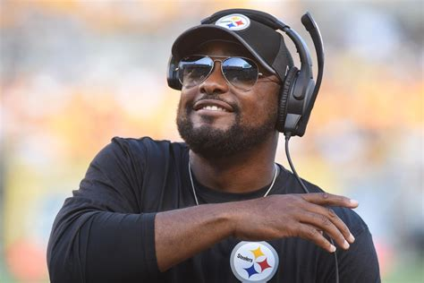 pittsburgh steelers coach trips player steelers injury report mike tomlin optimistic about the