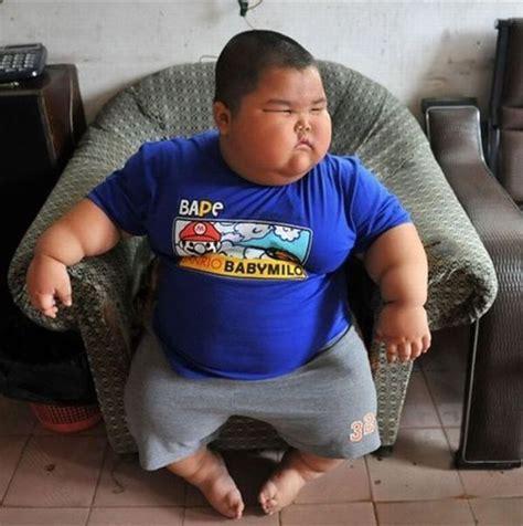 Fat Kid On Phone Meme - imagenes de ni 241 os gordos graciosos imagui