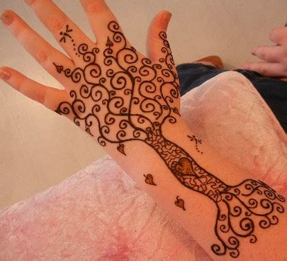 henna tattoo designs tree 75 henna tattoos that will get your creative juices flowing