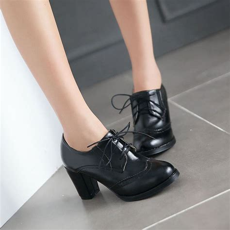 vintage lace up block heel patent leather toe