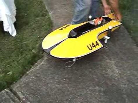 rc boats engines quickdraw 35cc rc boats expresscraft by tom mccarthy doovi