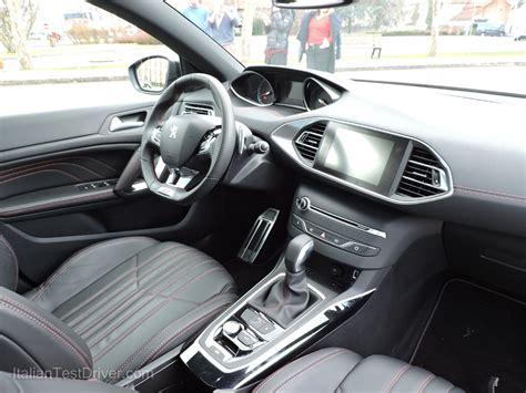 peugeot 308 interni test drive peugeot 308 sw gt la sportiva per tutti i