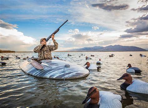 how to a to duck hunt 14 duck tips tactics how to hunt for ducks successfully bullseye