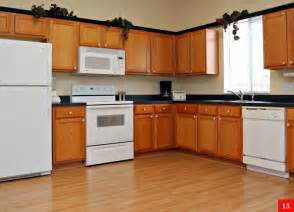 maximizing the kitchen space with corner kitchen cabinet