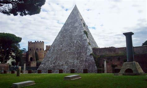 consolati russi in italia la piramide cestia russia news