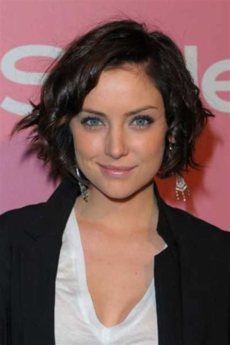 different ways to style chin length hair short curly bob hairstyles