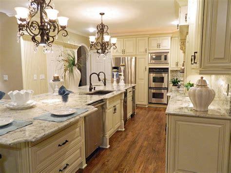 kitchen chandeliers traditional kitchen chandeliers traditional traditional kitchen with