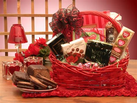 Awesome What Should I Give My Girlfriend For Christmas #6: Valentines-day-ideas-for-her.jpg