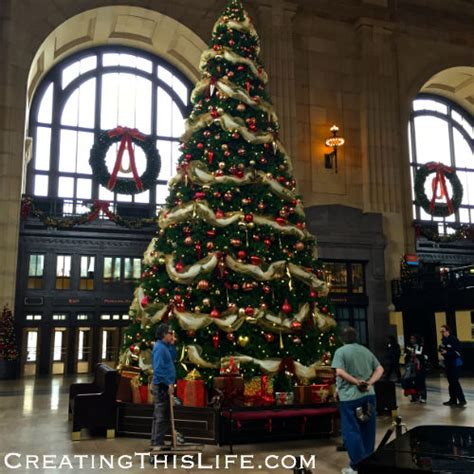 christmas at kansas city s union station creating this life
