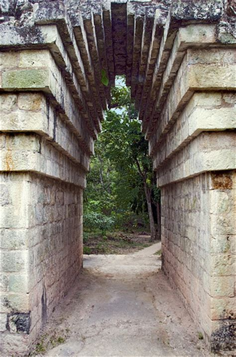 Corbelled Arch photo