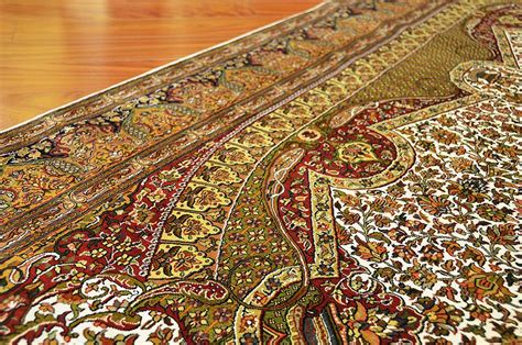 Isfahan Silk On Silk Oriental Rug Royal Ivory Handknotted Rug Silk