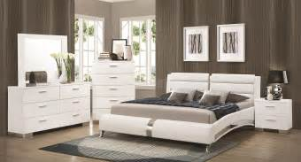 White Bedroom Sets Felicity Bedroom Set W Jeremaine Bed White Bedroom