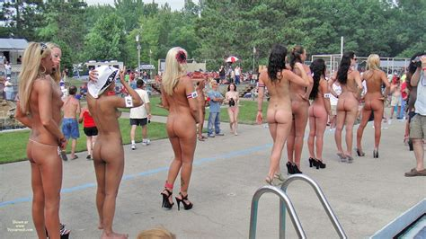 Line Of Naked Girls At Nudes A Poppin August Voyeur Web Hall Of Fame