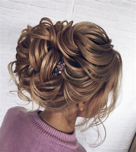 best 25 prom hairstyles ideas on formal hairstyles prom hairstyles half up