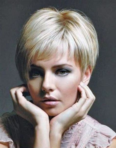hair of 25 year old short hairstyles for 60 year old woman with thick hair