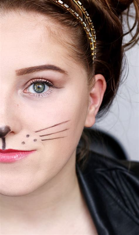 simple mouse halloween costume makeup hair leather