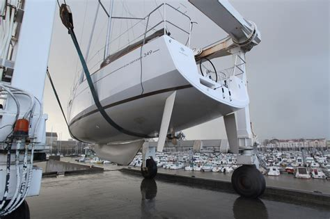 what is a swing keel interesting sailboats sun odyssey 349