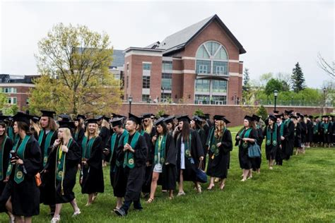 Http Www Uvm Edu Business Mba by Of Vermont Seniors Capitalize On Strong