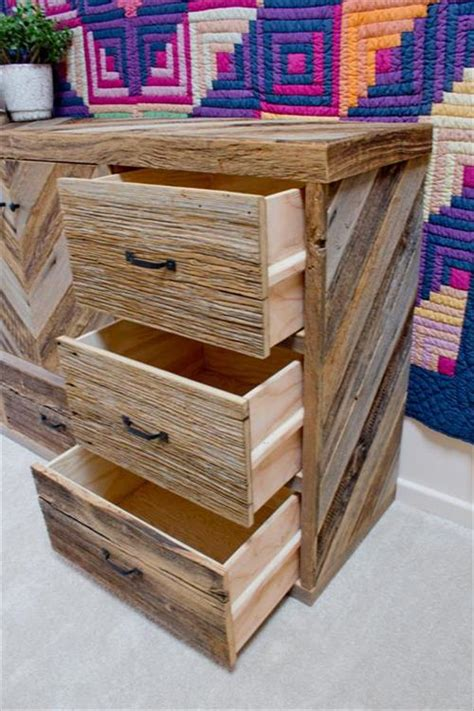 How To Make A Wooden Dresser by Diy Wood Pallet Dresser Ideas Diy Craft Projects