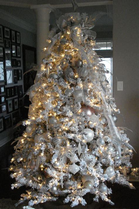 1000 ideas about flocked christmas trees on pinterest