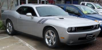 file 2009 dodge challenger rt jpg wikimedia commons