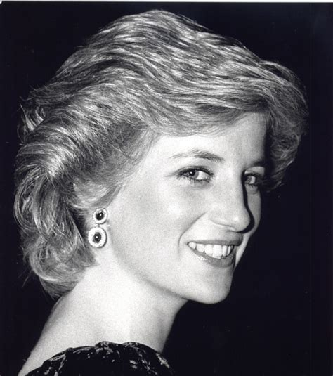 diana princess of wales up do hairstyles over the years 16 vintage celebrity iconic hairstyles that are still on