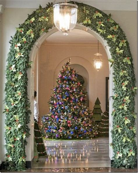 decorated arch and christmas tree christmas 1 pinterest