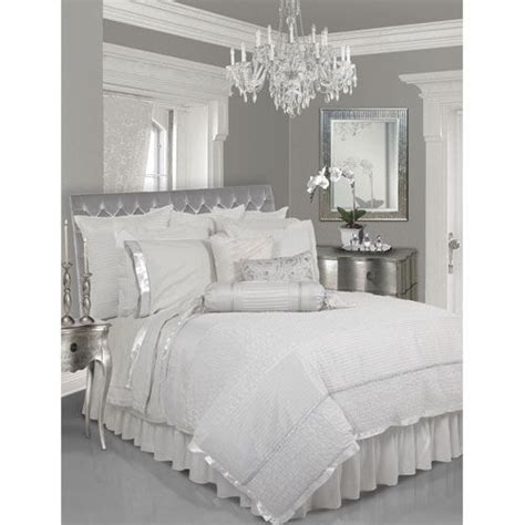 How Much To Clean A Comforter by Lush Decor White Six Comforter Set Grey Walls Silver Bedroom And Bedroom Ideas