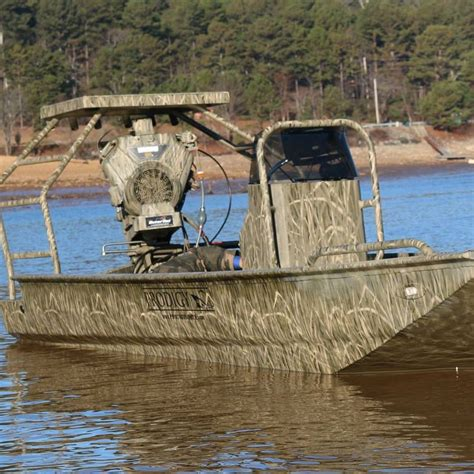 havoc boats bowfishing prodigy boats pictures to pin on pinterest thepinsta