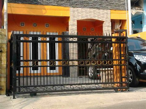 bentuk pagar rumah minimalis modern  besi eksterior