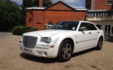 Chrysler Luxury by Rent A Chrysler Luxury Car Hire Home Counties