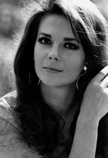 Coroner amends Natalie Wood's death certificate | FOX6Now.com