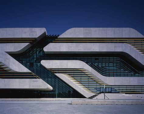 libro ba zaha hadid espagnol el blog de fran zaha hadid una gran arquitecta