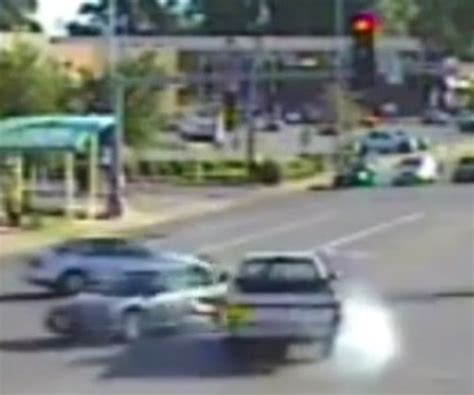 how to know if red light camera caught you st louis car crashes caught on red light cameras videos