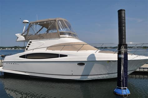 regal   flybridge  yacht  sale