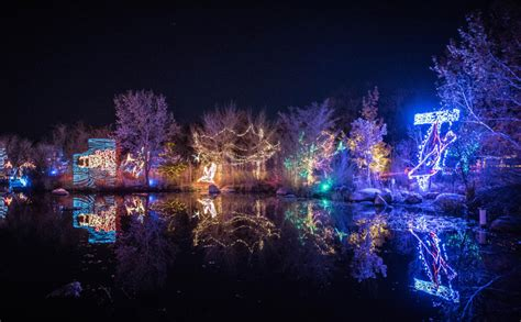 river of lights albuquerque new mexico gleaming garden the river of lights keep the holidays