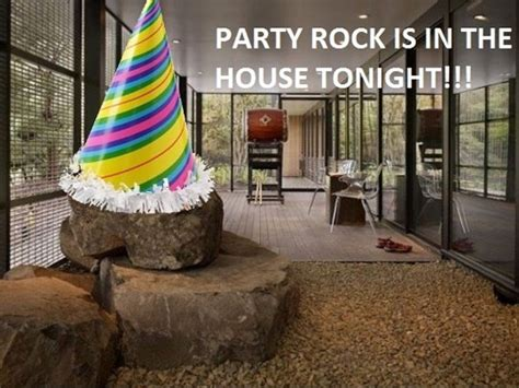 party in the house tonight 32 funny party images and photos